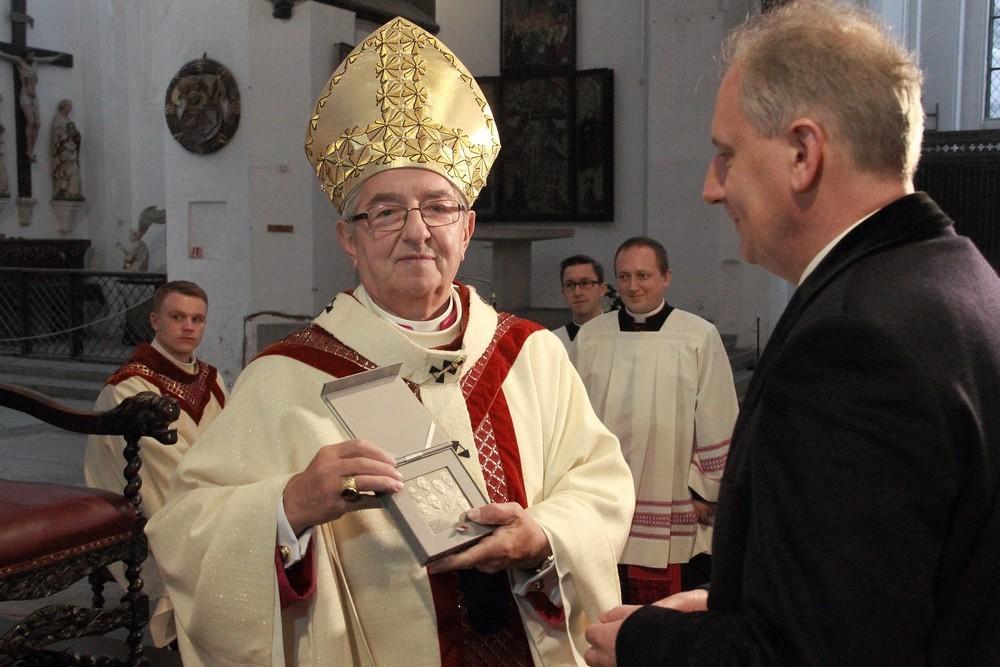 Polska - zaraz po Bogu