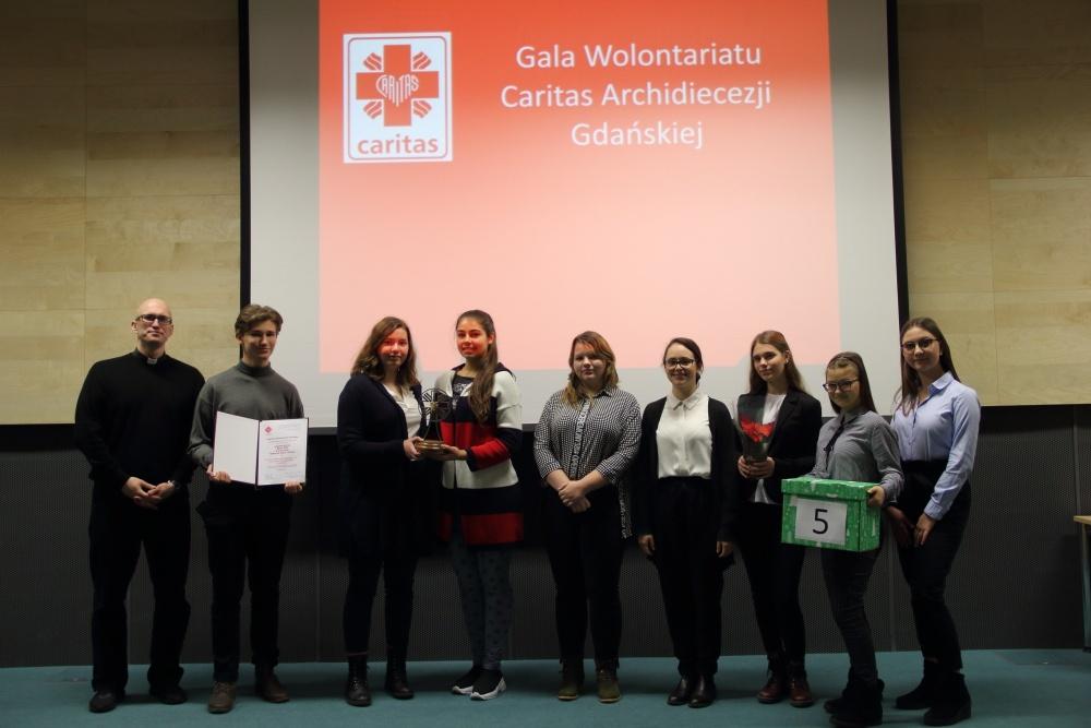 Młodzież diecezjalnej Caritas nagrodzona - V LO w Gdańsku z Samarytaninem Roku 2019